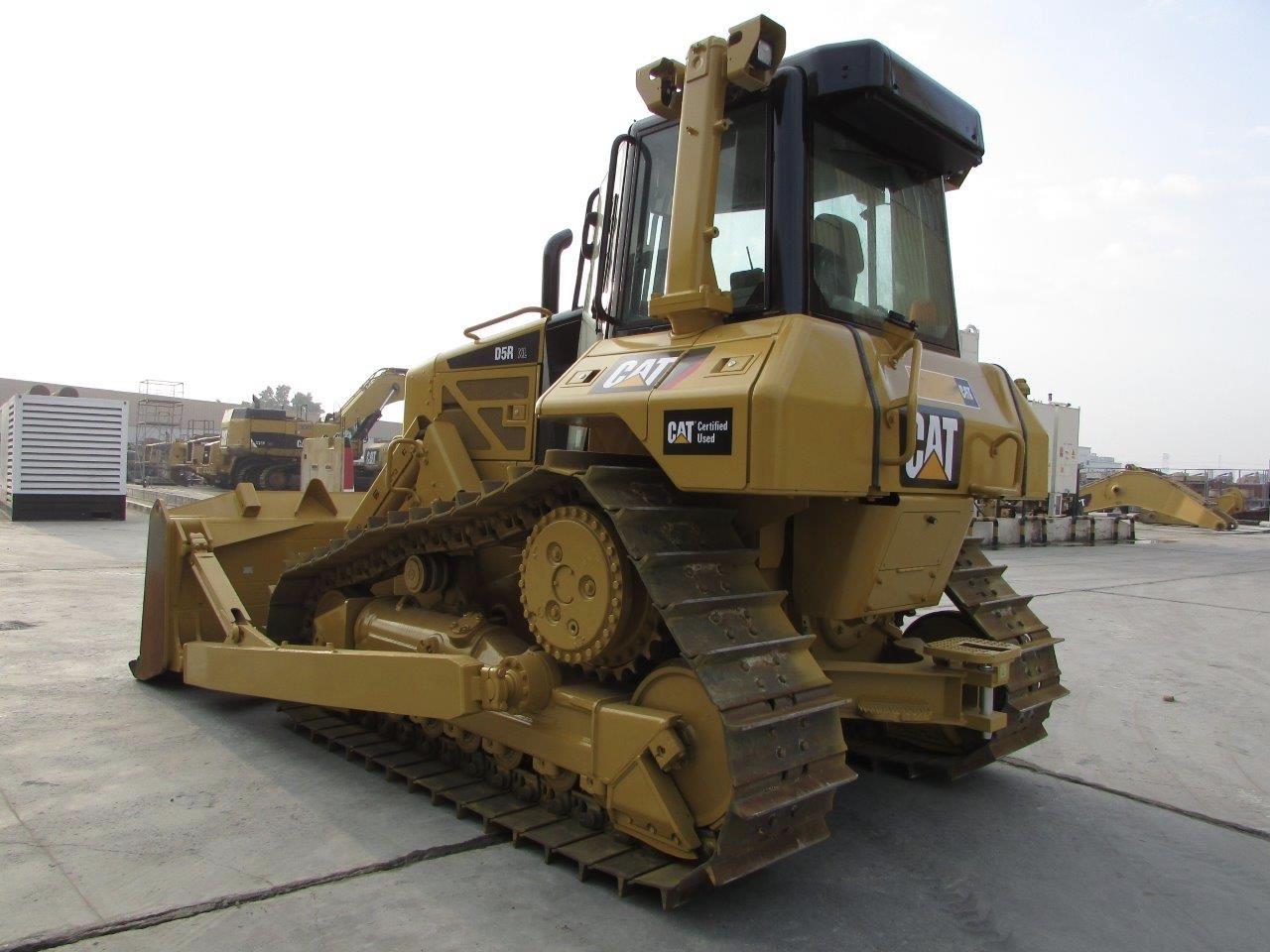 Бульдозер Cat D5R технические характеристики
