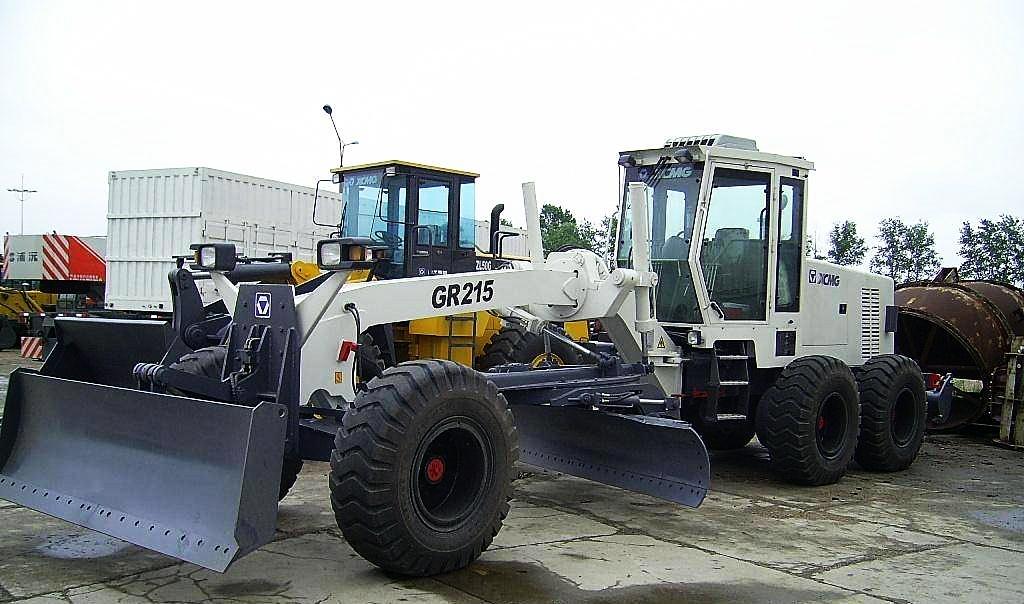 Грейдер XCMG GR215 технические характеристики
