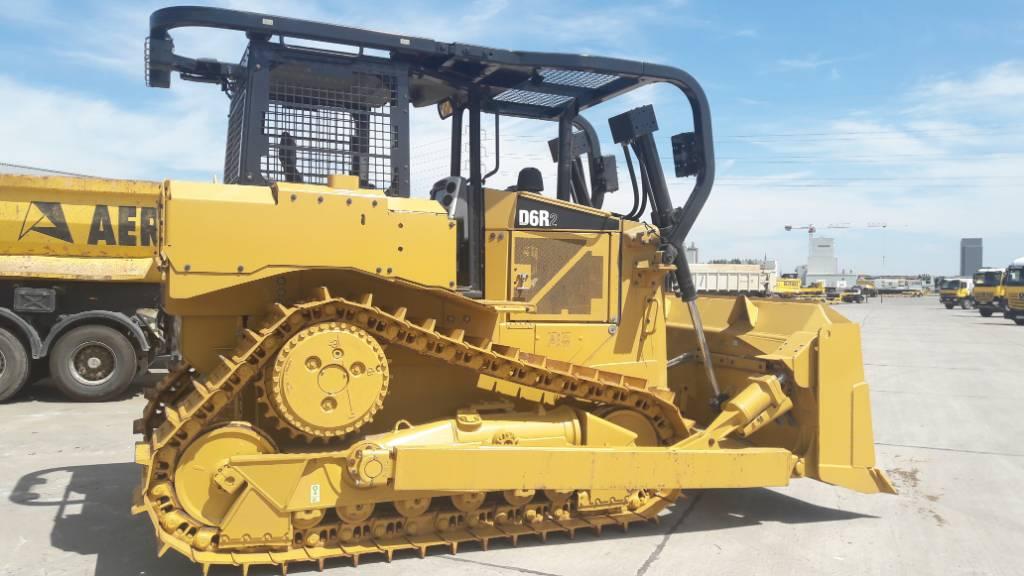 Бульдозер Caterpillar D6R2 технические характеристики