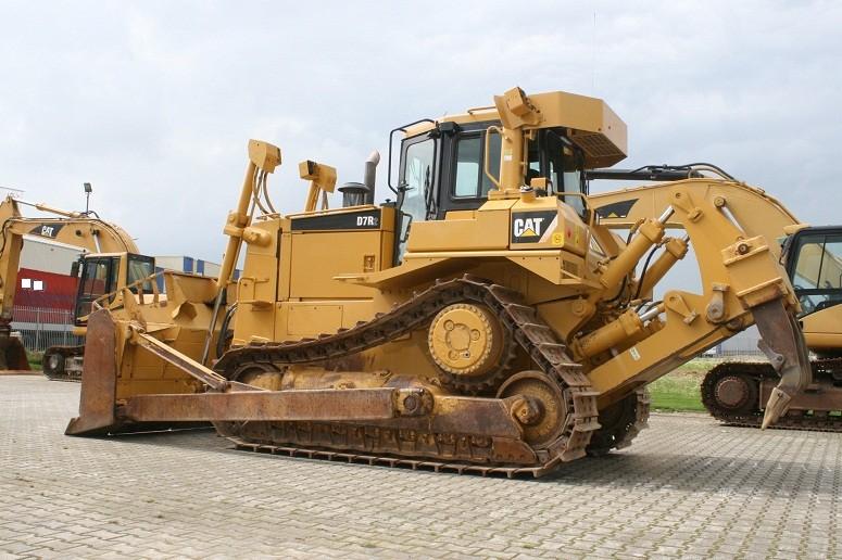 Бульдозер Caterpillar D7R технические характеристики